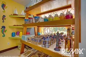Sunova Beach Gift Shop 3