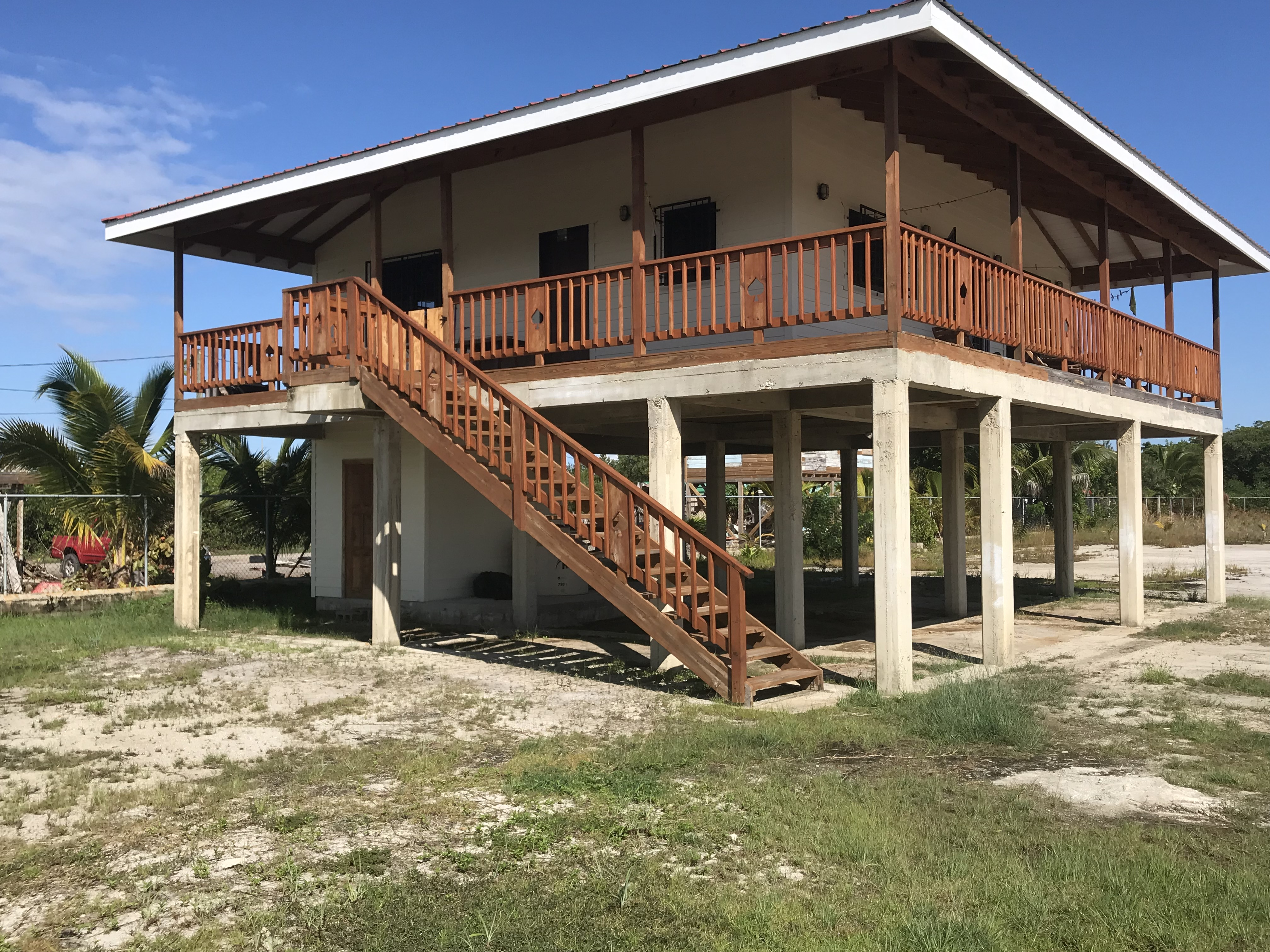 H6524 Newly Built House Just North Of The Airport Under Market Value Re Max 1st Choice