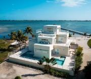 Playa Villa Luxury Living