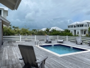 Mahogany Bay - Queen Cottage with Pool