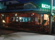 Macovy Blues - Restaurant, Bar and Hotel Rooms